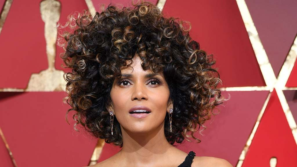 El look de Halle Berry.